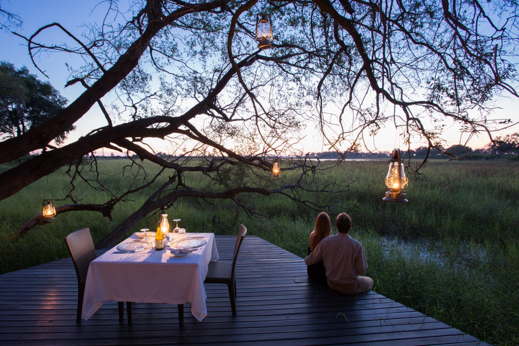 Sonnenuntergang im Abu Camp, Okavango Delta, Botswana