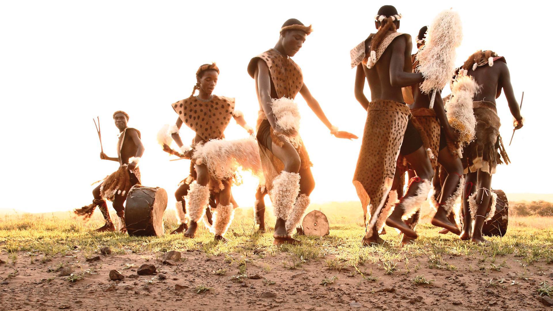 Phindavlei - K1600_phinda-adventures-zulu-dancing.jpg