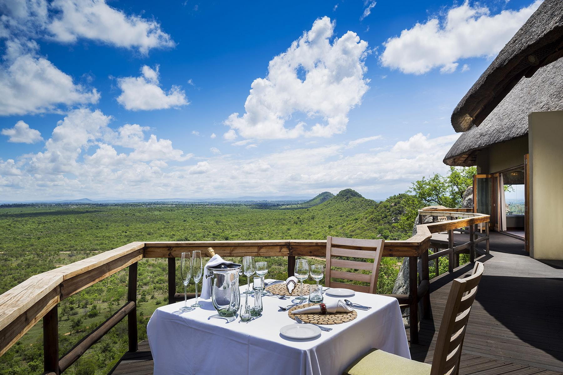 Ulusaba - K1600_cliff-lodge-private-dining.jpg