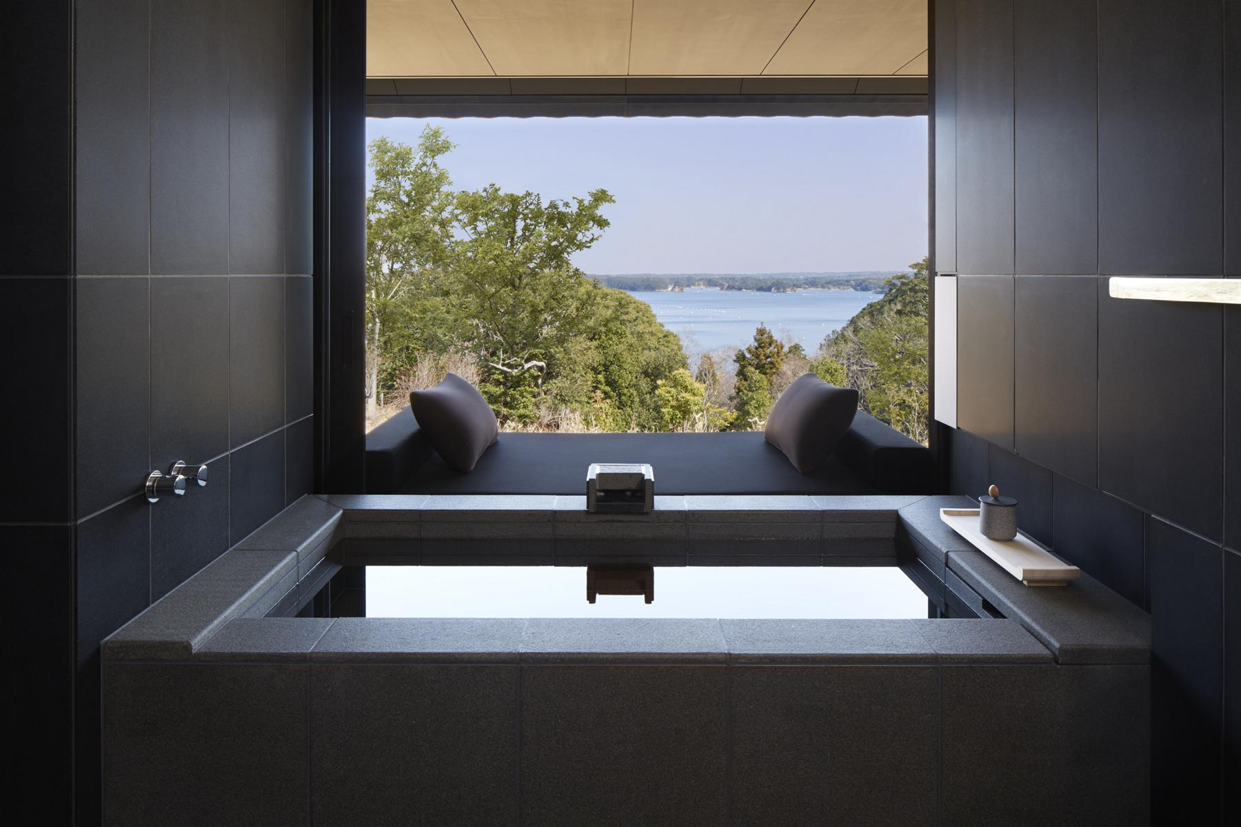 Amanemu - K1600_Sora-Suite-bathroom_High-Res_159.jpg