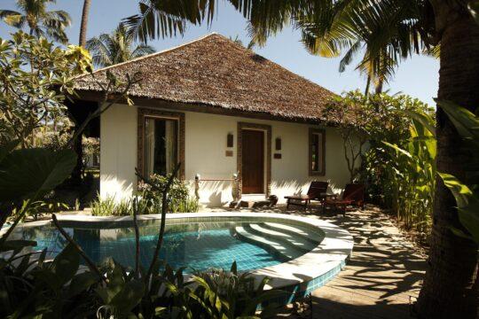 NgapaliBay - Myanmar-Ngapali-Ngapali-Bay-Plunge-Pool.jpg