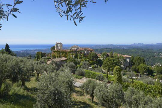 ChateauStMartin - K1600_Panoramic_Views_0644.jpg