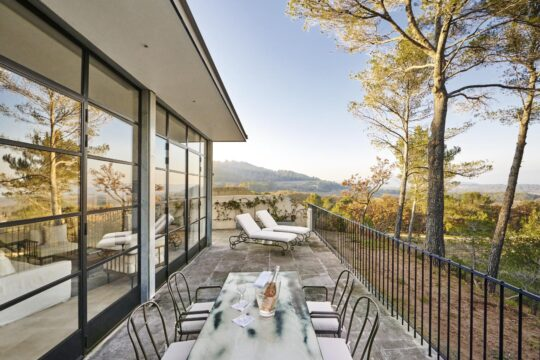 Chateaulacoste - K1600_Villa-La-Coste-Terrasse-Chambre-2cRichard-Haughton.jpg
