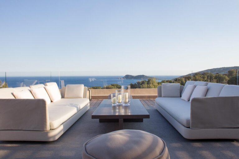 ReserveRamatuelle - K1600_La-Reserve-Ramatuelle-Suite-Taillat-Terrace-5.jpg