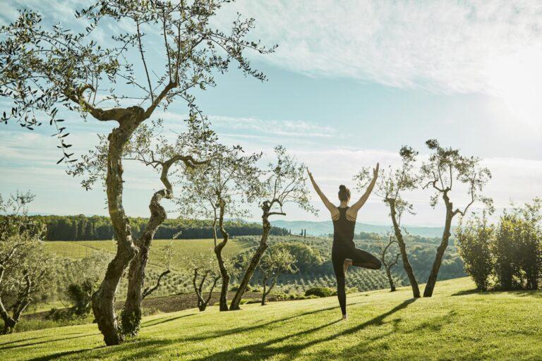 COMO - K1600_Yoga-in-the-Garden-High-Res.jpg