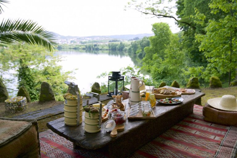 SixSenses - K1600_Picnic_by_the_river_6102-A4.jpg