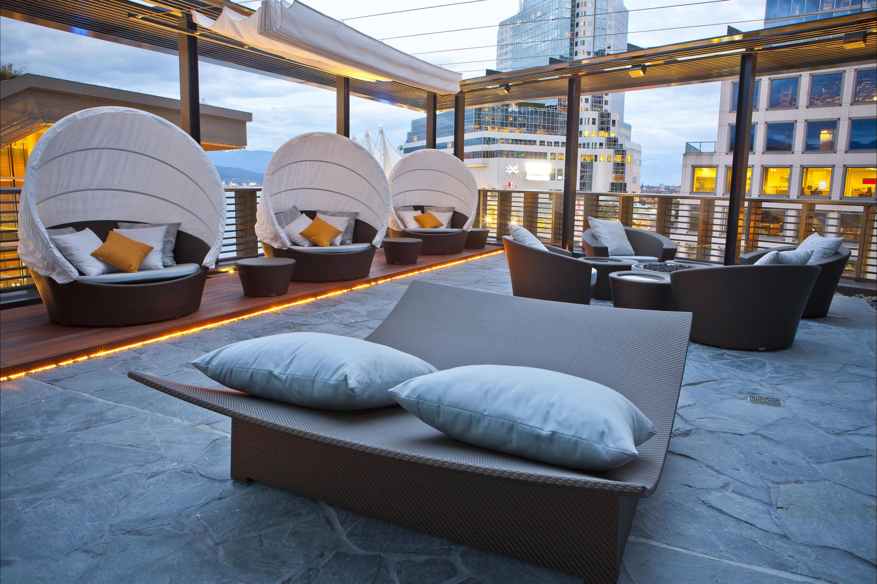 Fairmont Pacific Rim Vancouver - Willow-Stream-Spa-Spa-Terrace_482573_high.jpg