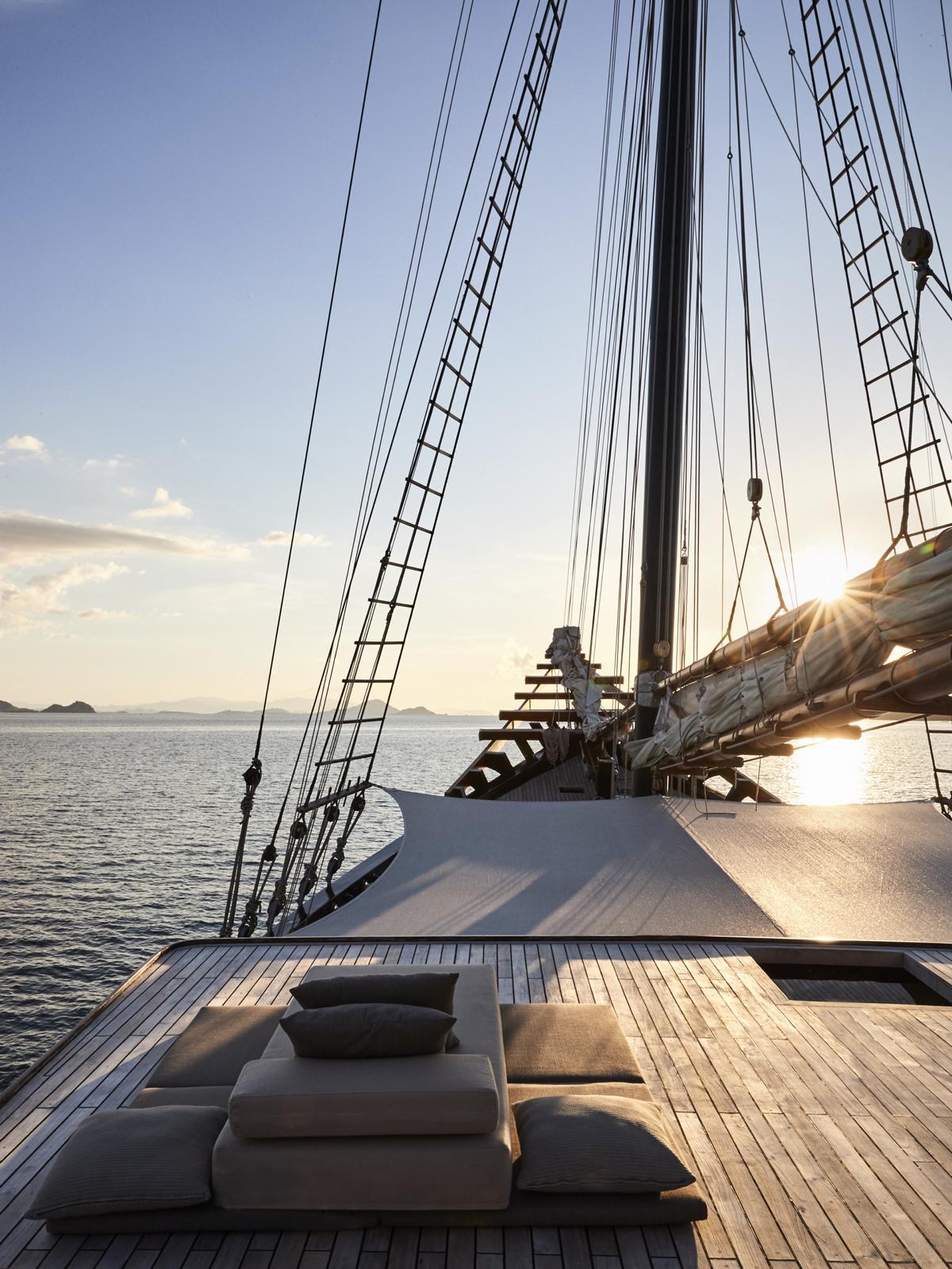 Das Sonnendeck der Amandira von Aman Cruises