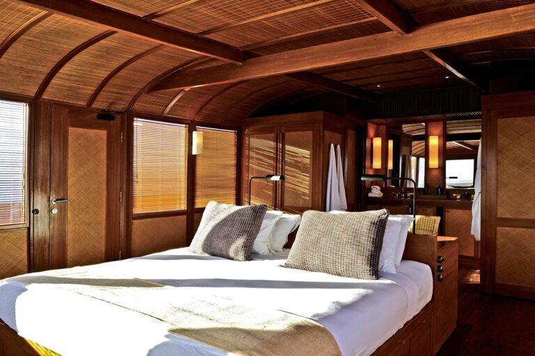 Amanikan - Amanikan-Indonesia-Master-Cabin-Ensuite_High-Res_1670.jpg