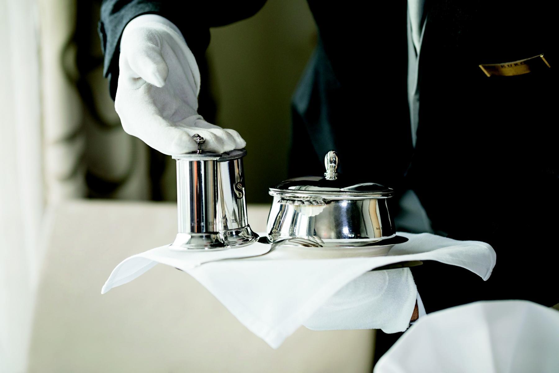 Butlerservice auf der MS Europa