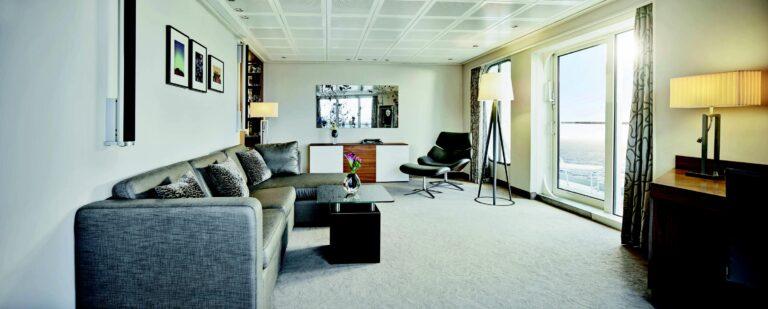 MSEuropa - europa-penthouse-grand-suite-1.jpg
