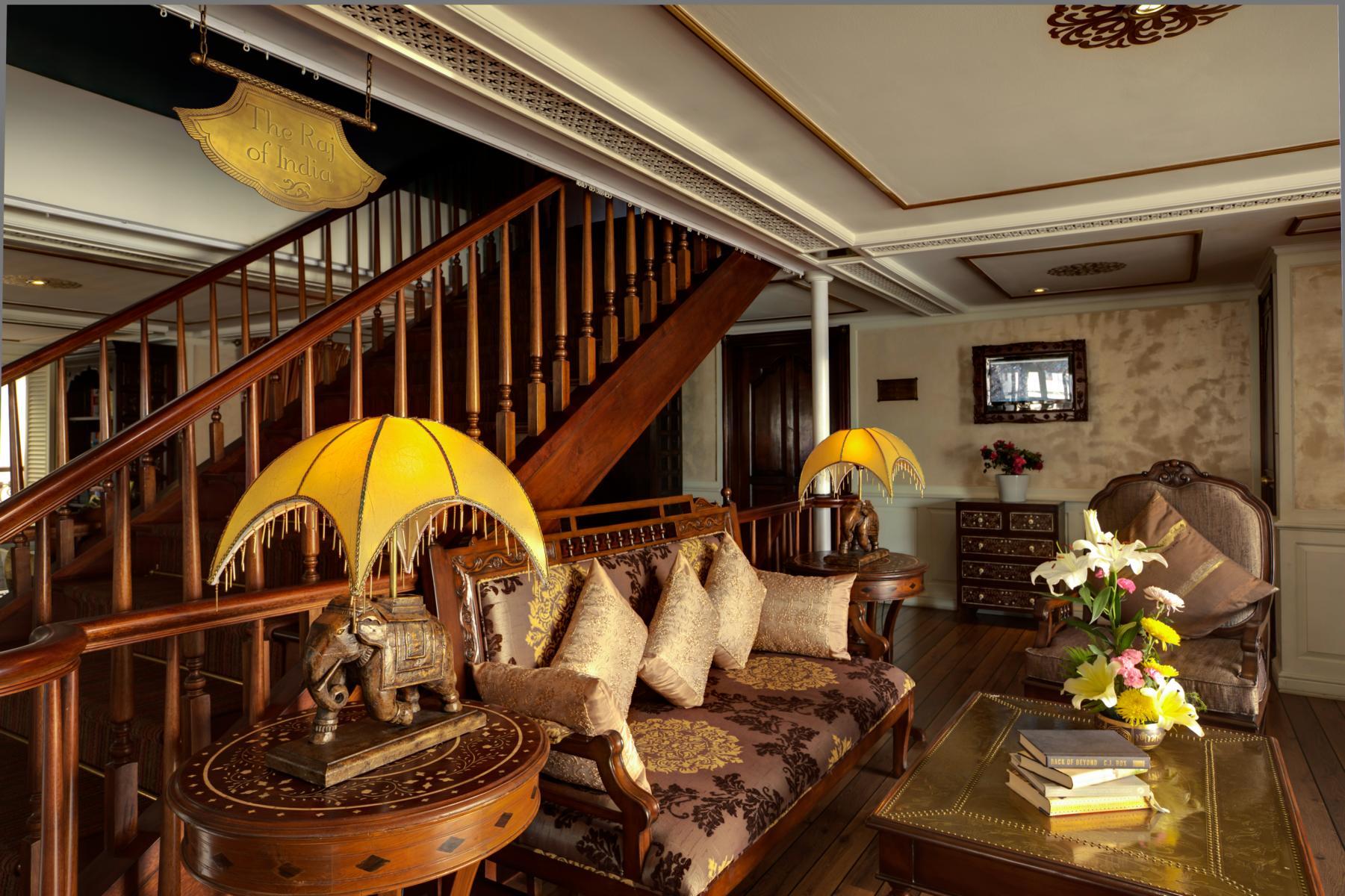 Treppenaufgang der Jahan der Heritage Line auf dem Mekong in Vietnam und Kambodscha