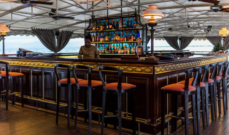 Jayavarman - Heritage-Line-MK-Jayavarman-Funnel-Bar.jpg