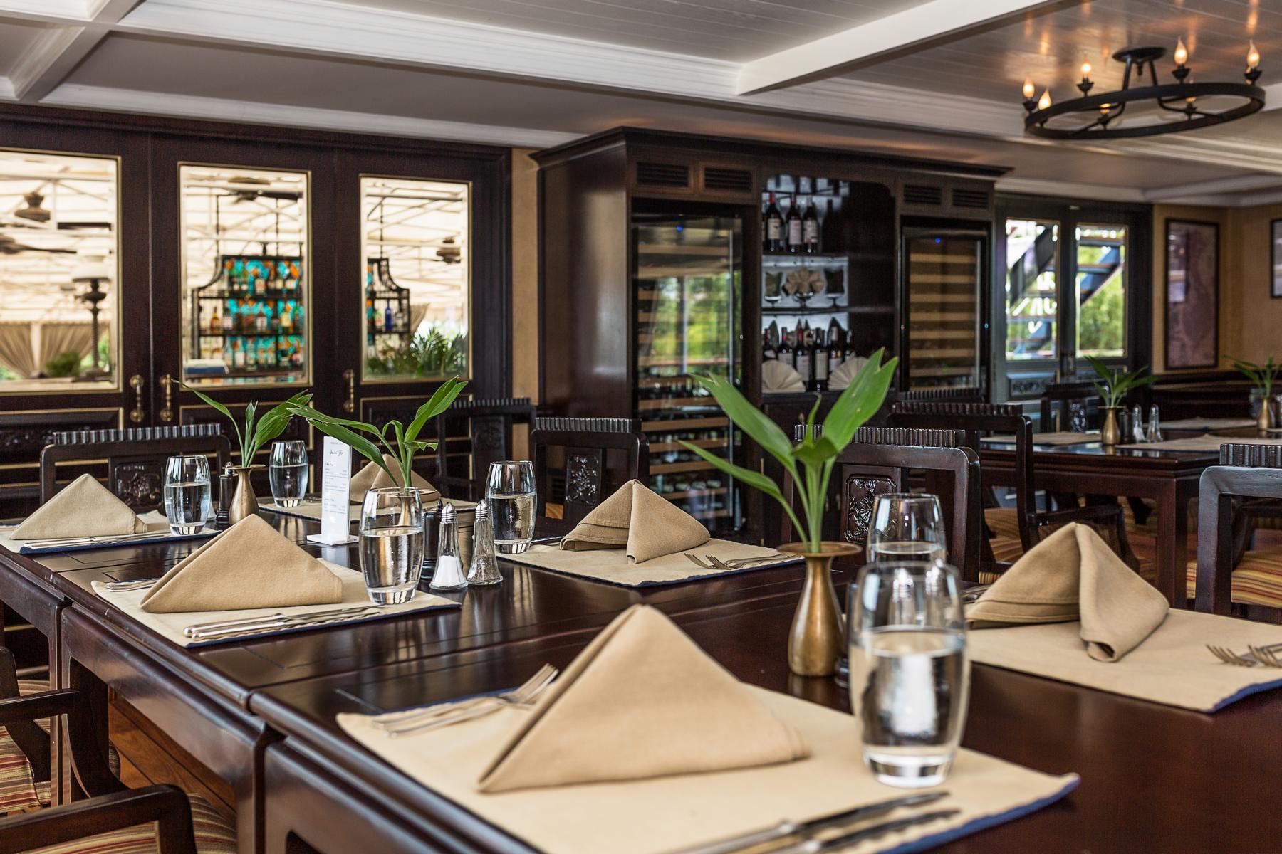 Restaurant auf der Jayavarman der Heritage Line auf dem Mekong in Vietnam und Kambodscha