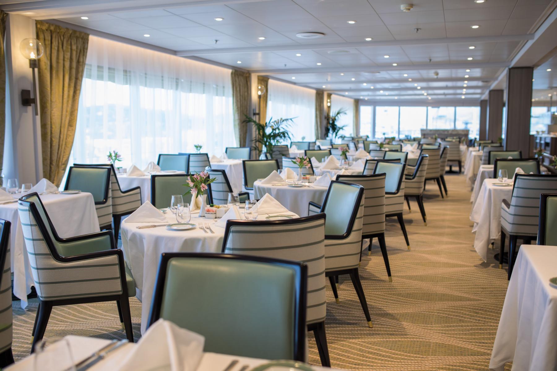 Restaurant auf der Regent Seven Seas Mariner
