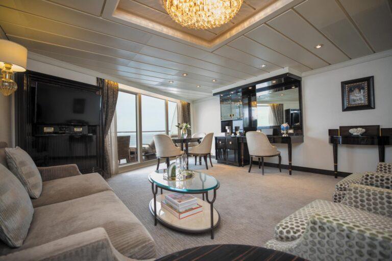 RegentSevenSeas - MAR-Seven-Seas-Suite-Aft-LR.jpg
