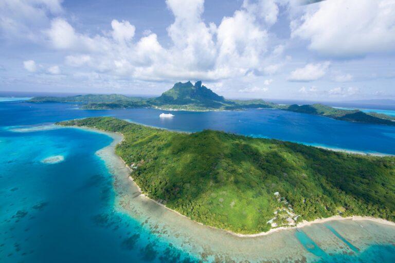 Voyager - VOY-Tahiti.jpg