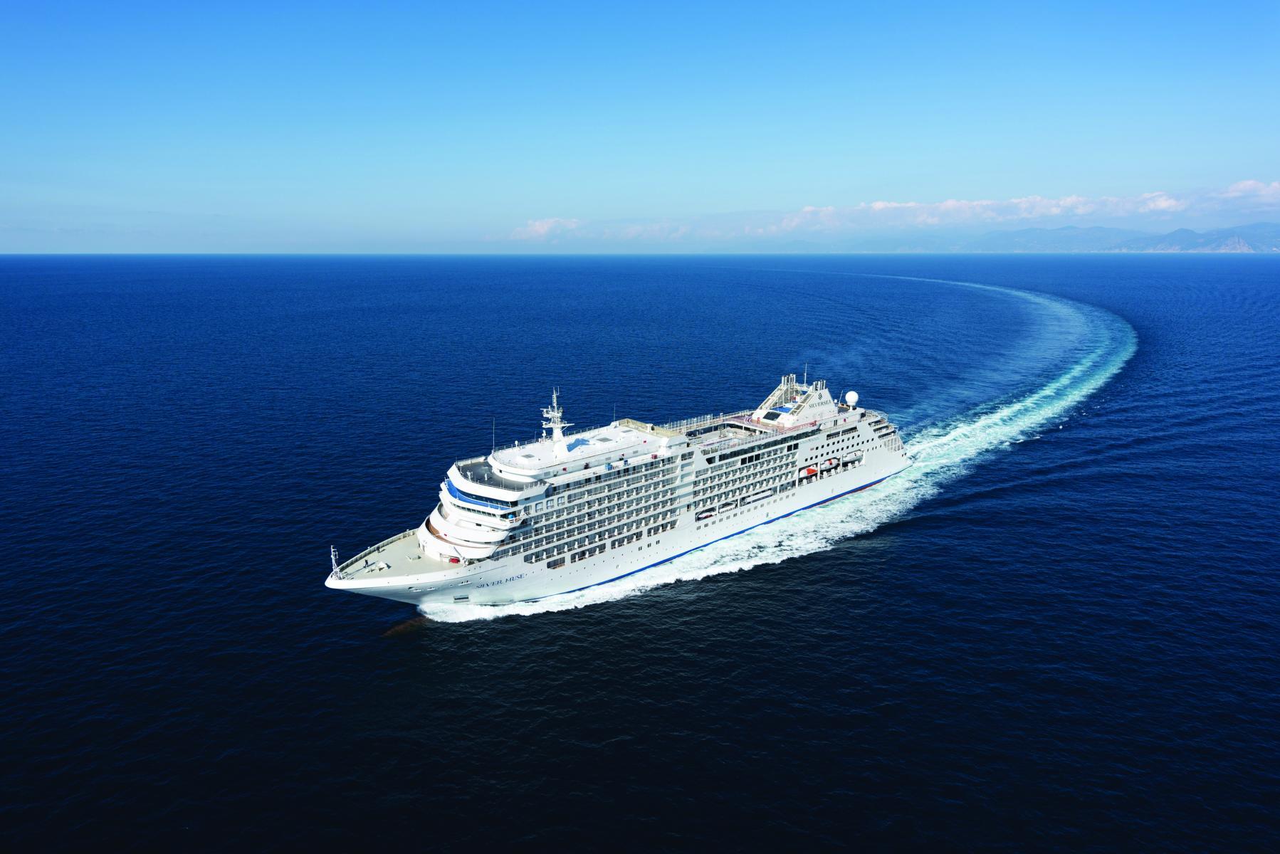 Die Silver Muse von Silversea Cruises auf hoher See