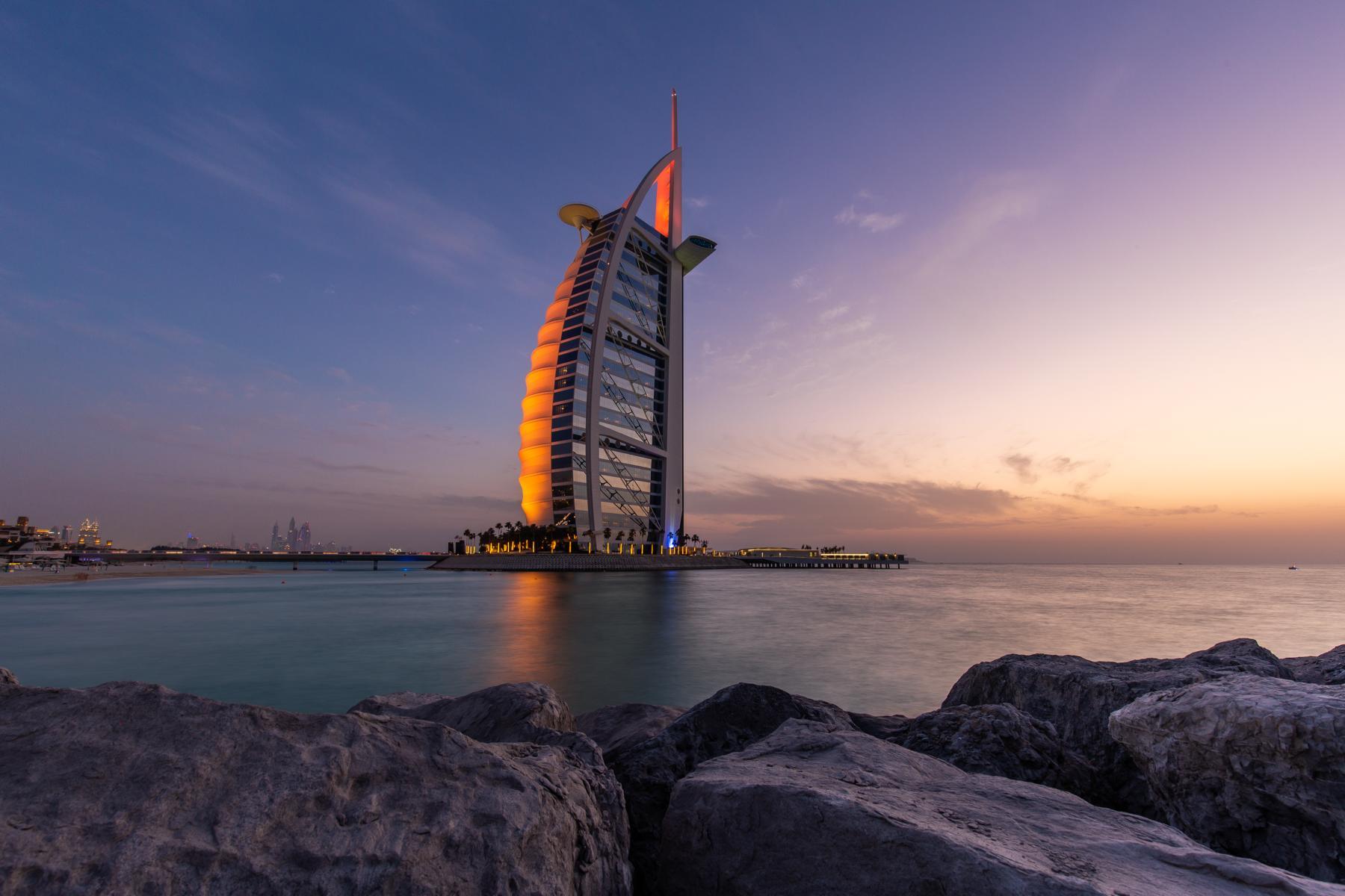 Dubai - K1600_Burj-Al-Arab-Rocks-Full-Size.jpg