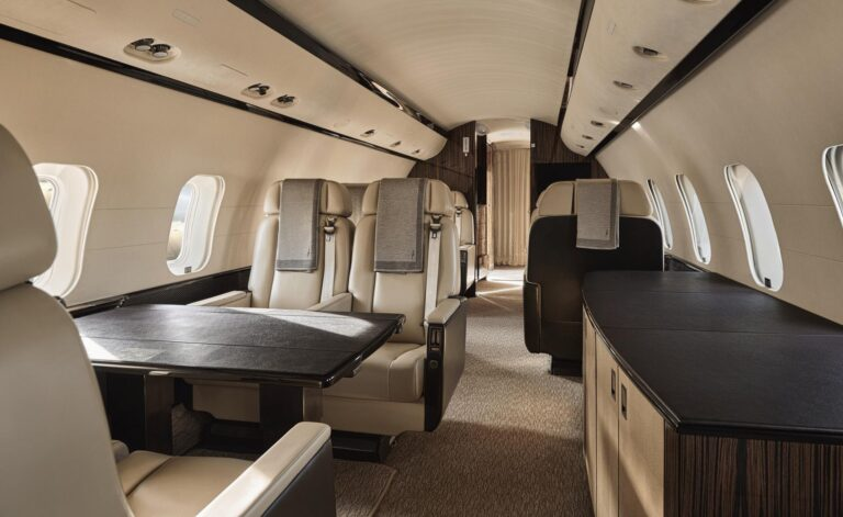 AMANPrivateJet - K1600_Aman-Private-Jet-interior_High-Res_26380