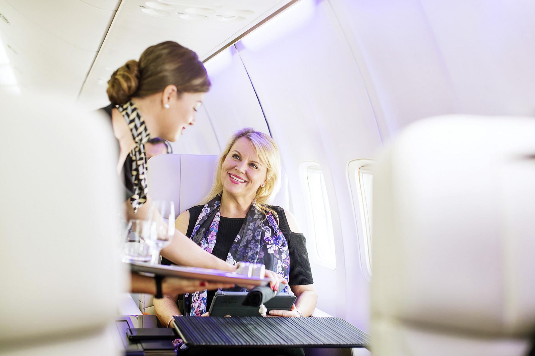 Service an Bord des Four Seasons Private Jet
