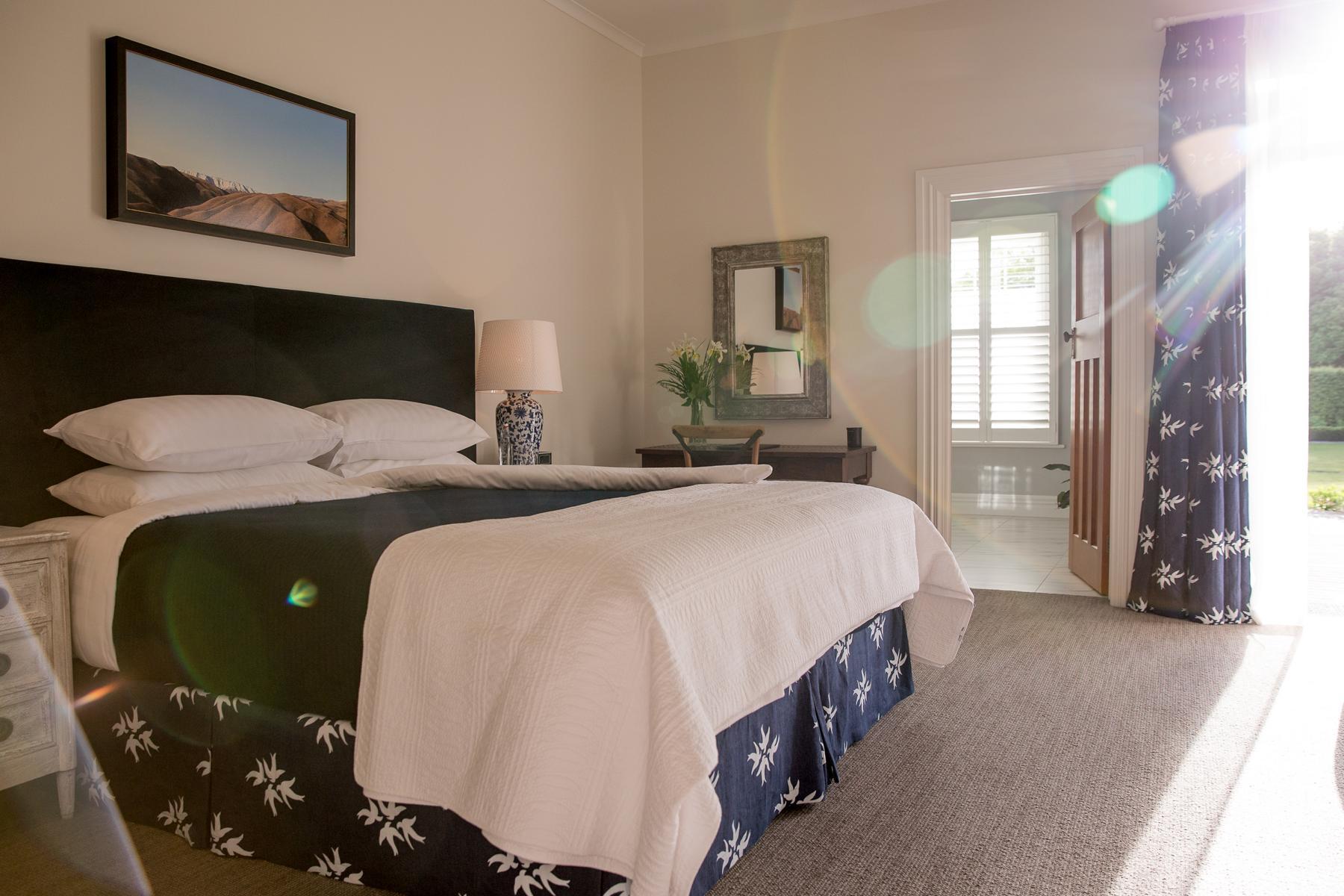 Schlafzimmer in der Marlborough Lodge in Neuseeland