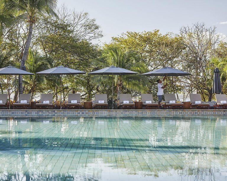FourSeasons - K1600_Bahia-Pool.jpg