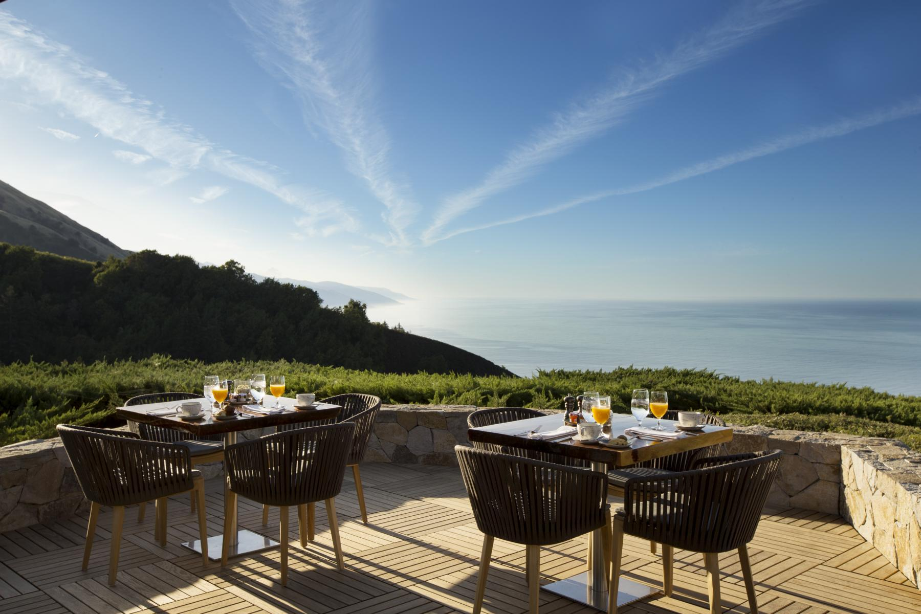 Ventana - K1600_Ventana-Big-Sur-An-Alila-Resort-Dining-Sur-House-Deck-01.jpg